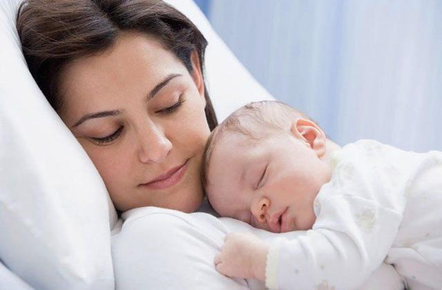 Выделения после родов: сроки, количество и характеристики в норме и при патологии