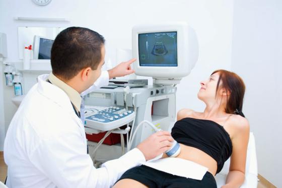 Экстракорпоральное оплодотворение (ЭКО): подготовка, этапы проведения, осложнения