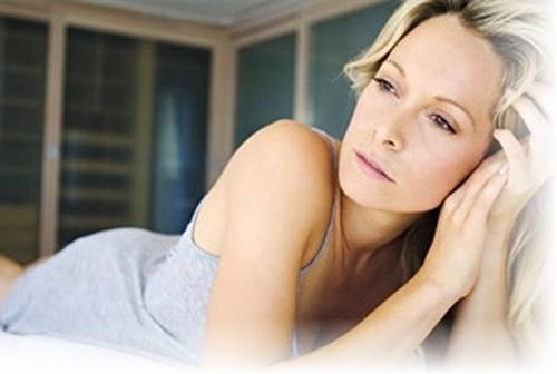 Как ведет себя миома матки в период менопаузы? Стоит ли ждать ее регресса?