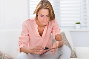 Как сахарный диабет влияет на месячные и возможность беременности?