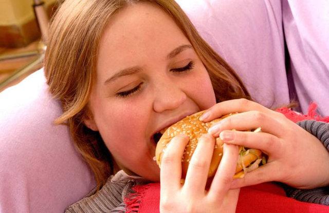Сколько длятся первые месячные у девушек (12-13-14 лет): вторые не начинаются
