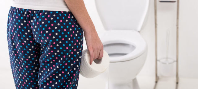 Понос перед, во время, после месячных: диарея, причины, расстройство кишечника, понос на ранних сроках беременности до задержки